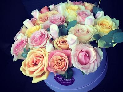 Miss Fleur – Cutie cu trandafiri Pastel